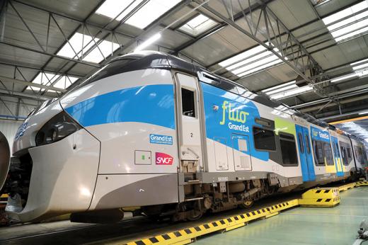 Regiolis_Fluo_Alstom_2019-10-22_c_Bodez_RGE.png